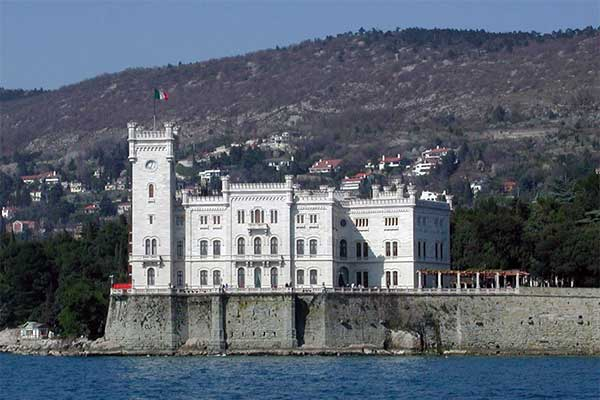 Miramare-kastély