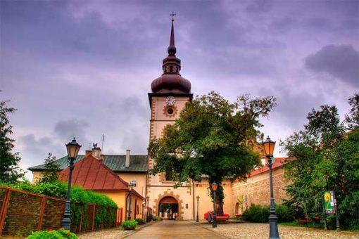 Ószandec (magyar zarándokhely, Klarisszák Kolostora, IV. Béla lányának, Boldog Kingának nyughelye)