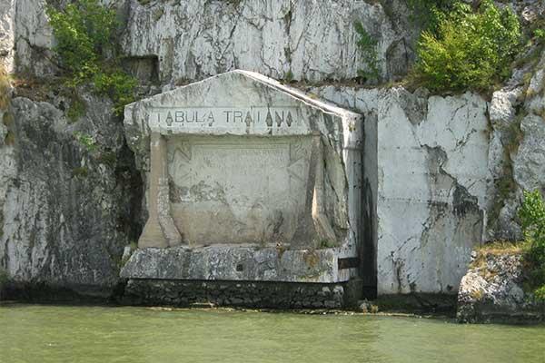 Trajanus tábla
