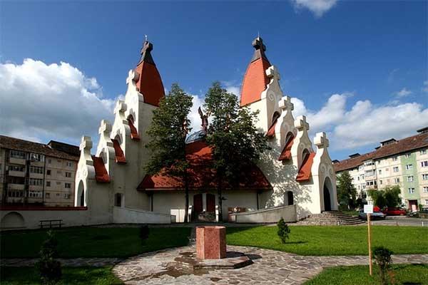 Csíkszereda - Makovecz templom