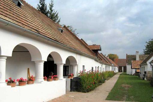 bakonyi_kalandozas_4-magyarpolany_petofi_utca-600x400w