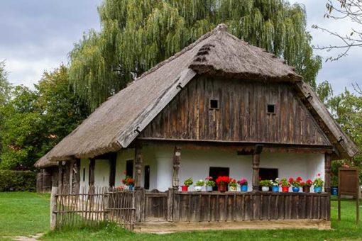 Kaposvar_a_viragok_varosa_es_a_szekszardi_borvidek-02-Szenna-600x400w