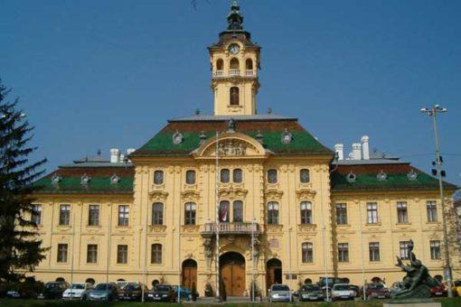 Szeged-Szoreg_a_rozsa_hazaja-04-Varoshaza-600x400w
