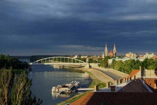 Szeged-Szoreg_a_rozsa_hazaja-06-Tisza_part-600x400w